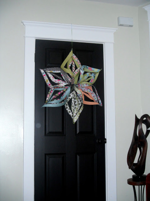 Large hanging twirly paper star tutorial