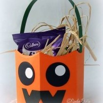 Halloween Paper Craft Ideas - Fun Decorations and Invitations!