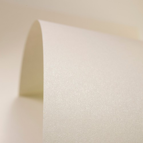 Ivory Paper Pearlised - Set Swatch